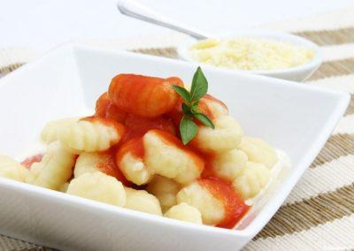 Ñoquis de harina de maíz y fécula de maíz con calabaza